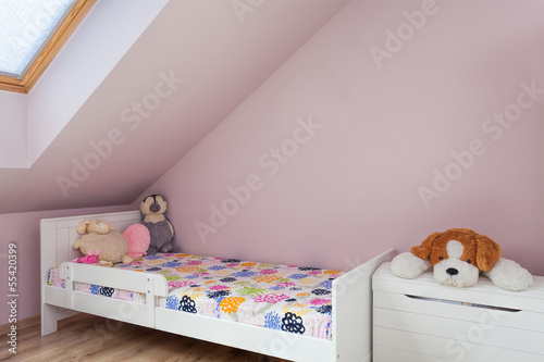 Urban apartment - girls furniture
