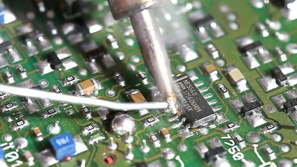 Soldering tin and circuit,electronic circuit board