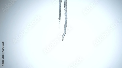 Icicle, building up, time lapse