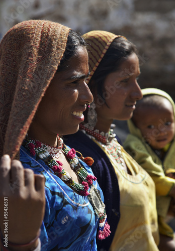 India, Pushkar, indian women in traditional dresses