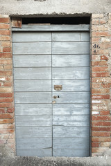 porta legno tavola grigia