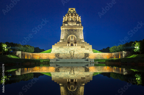 canvas print picture Battle of Nations Monument 1
