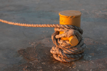 The rope on the jetty