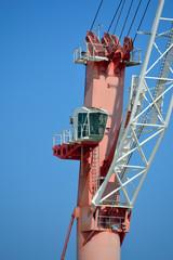 Gru portuale per movimentazione container