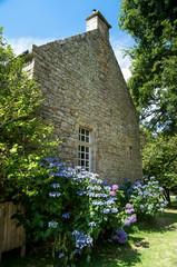 charmante maison de pierres apparentes