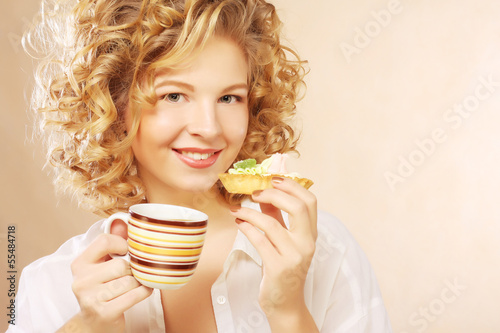woman with coffee and dessert - 55484718