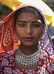 India, Rajasthan, Pushkar, young indian girl