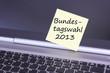 Laptop mit Zettel Bundestagswahl 2013