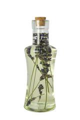 Lavendelöl in Flasche mit Korken freigestellt auf weiß