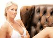 Hübsche Frau im Bikini