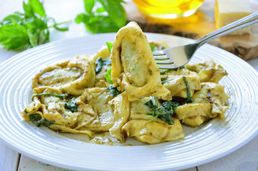 Spinach Tortelloni