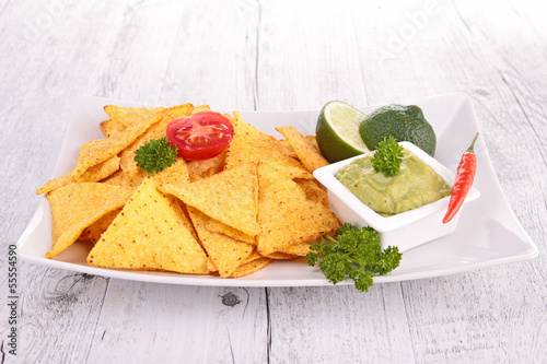 tortilla chips and guacamole