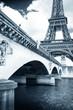 il ponte d'Iena e la torre eiffel vintage