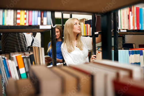 student choosing books