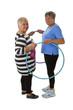 Zwei Seniorinnen mit Hula Hoop Reifen