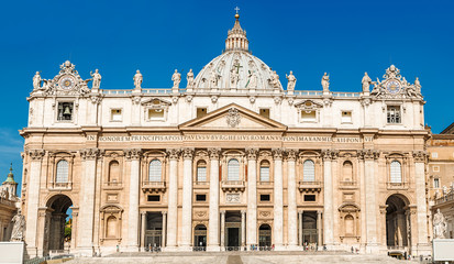 Roma, Vatican, San Pietro cathedral facade
