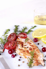 Grilled Salmon with lemon and spices
