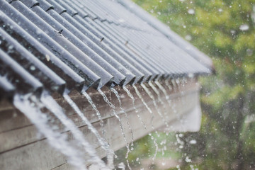 rain flow on the roof