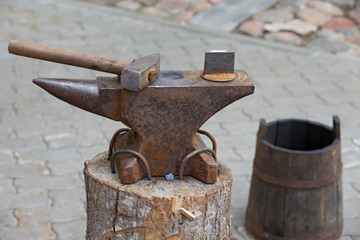 blacksmith hammer and anvil