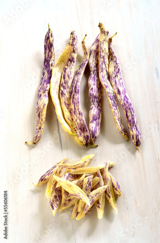 Dragon's Tongue beans