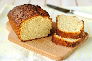 Sliced yogurt and lemon loaf cake