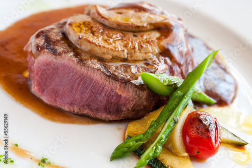 Grilled beef fillet with foie gras.