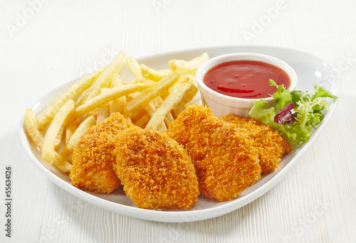 chicken nuggets - 55634126
