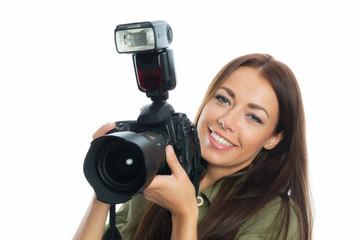 Brünette Frau mit Kamera