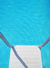 pool ladder seen from above