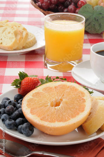 healthy breakfast with grapefruit