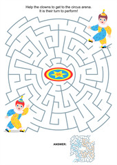 Maze game for kids - little clowns