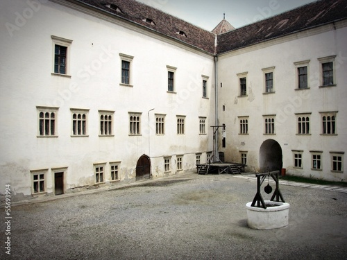 Fagaras Fortress - court
