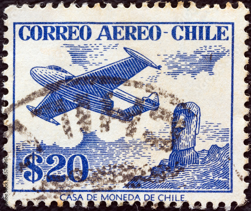 Airplane and Easter Island monolith (Chile 1956)