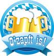 Button mit Bierkrügen und Band Ozapft is