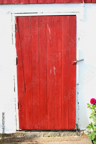 Red Barn Door, Norway