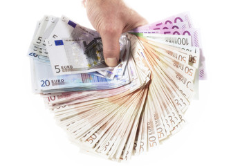 Hand hält Euro-Banknoten