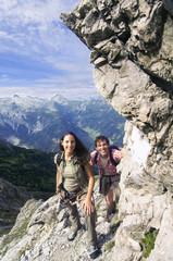 Österreich, Salzburger Land, Paar wandert