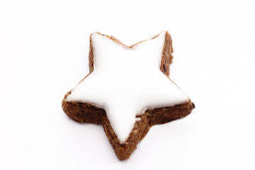 Sternförmige Zimt-Cookies