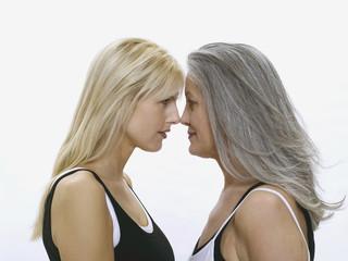 Mutter und Tochter, von Angesicht zu Angesicht
