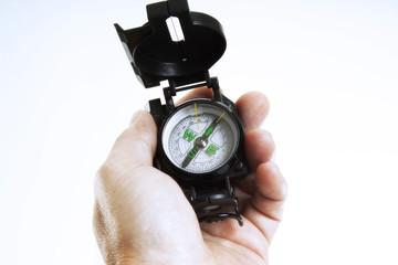 Hand hält Kompass, Nahaufnahme