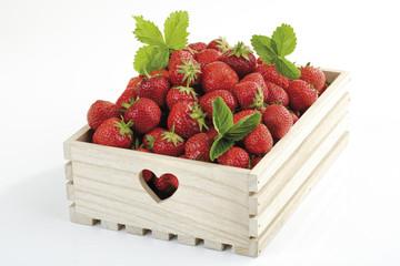 Erdbeeren im Holzkasten, Nahaufnahme