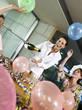 Young Professionals feiern eine Party