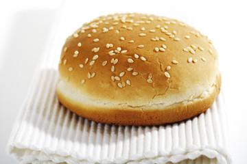 Hamburger Brötchen mit Sesam