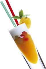 Orangen-Joghurt Drink mit Früchten