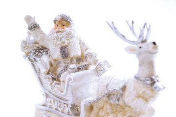 Weihnachtsdekoration, Weihnachtsmann auf Rentier