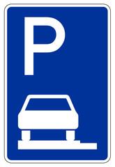 Parken ganz auf Gehwegen in Fahrtrichtung links