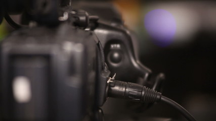 inserting audio jack in the camera
