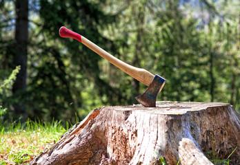 lumberjack axe