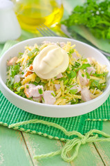 salad with chicken and cheese