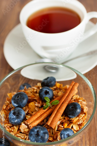 Granola with blueberry and cinnamon